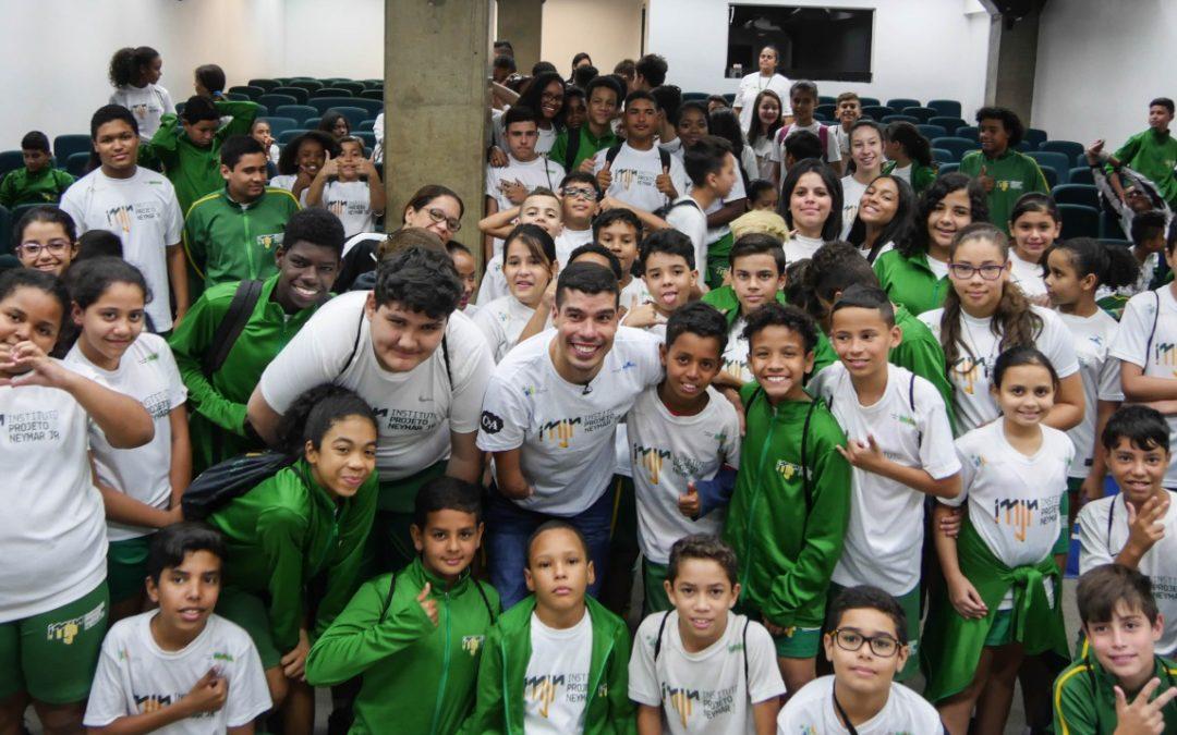 Visita ao Instituto Neymar Jr